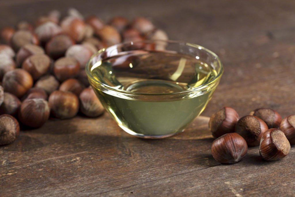 Какие витамины в фундуке влияют на здоровье кожи