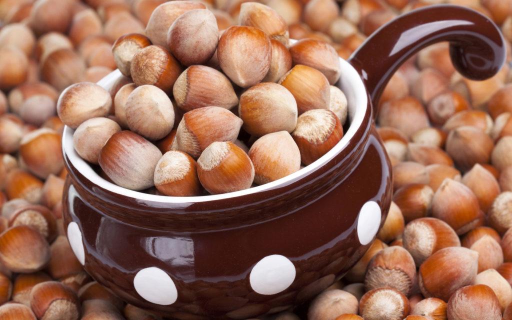 Чем полезен лесной орех